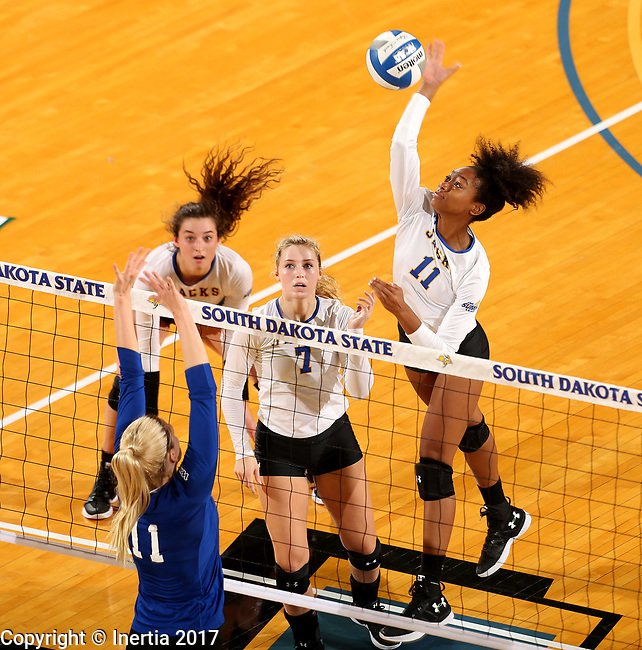 BROOKINGS, SD - SEPTEMBER 1: Payton Richardson #11 from South Dakota State University winds up to get a kill past Haylee Roberts #11 from CSU Bakersfield during their match Friday night at the Jackrabbit Invitational at Frost Arena in Brookings. (Photo by Dave Eggen/Inertia) (Photo by Dave Eggen/Inertia)