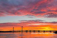 63895-15604 Clark Bridge at sunrise over Mississippi River Alton, IL