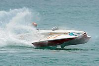 "Tim Settle, F-77 ""Barracuda"", 266 class Wickins hydroplane..10-12 July, 2009, 100th Gold Cup, Detroit River, Detroit, MI USA..©2009 F.Peirce Williams, USA."