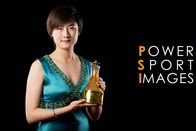 Ding Ning of China poses backstage with her Female Table Tennis Star trophy during the ITTF Star Awards on 8th December 2016, in Doha, Qatar. Photo by Victor Fraile / Power Sport Images