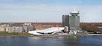 Nederland Amsterdam 2017. Amsterdam Noord met Filminsituut EYE, de A'DAM Toren en woontoren Overhoeks. Foto Berlinda van Dam / Hollandse Hoogte