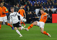 Matthijs de Ligt (Niederlande, Netherlands) klärt gegen Timo Werner (Deutschland Germany) - 19.11.2018: Deutschland vs. Niederlande, 6. Spieltag UEFA Nations League Gruppe A, DISCLAIMER: DFB regulations prohibit any use of photographs as image sequences and/or quasi-video.