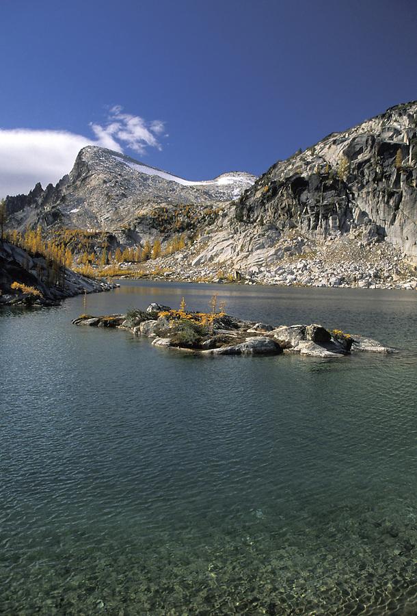 Little Annapurna and Inspiration Lake, Enchantment Lakes, Alpine Lakes Wilderness, Washington
