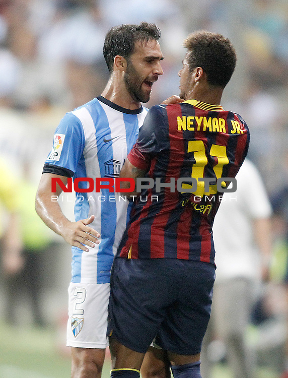 Malaga's Jesus Gamez (l) and FC Barcelona's Neymar Santos Jr during La Liga match.August 25,2013. Foto © nph / Acero)