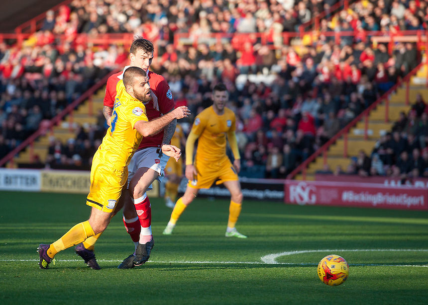 Preston North End's John Welsh is impeded by Bristol City's Aden Flint in the penalty area but no foul is given<br /> <br /> Photographer Stephen White/CameraSport<br /> <br /> Football - The Football League Sky Bet League One - Bristol City v Preston North End - Saturday 22nd November 2014 - Ashton Gate - Bristol <br /> <br /> &copy; CameraSport - 43 Linden Ave. Countesthorpe. Leicester. England. LE8 5PG - Tel: +44 (0) 116 277 4147 - admin@camerasport.com - www.camerasport.com