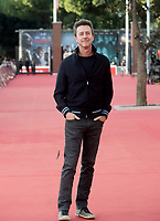 L'attore e regista statunitense Edward Norton posa durante un red carpet  alla 14^ Festa del Cinema di Roma all'Aufditorium Parco della Musica di Roma, 18 ottobre 2019.<br /> U.S. actor and director Edward Norton poses during a red carpet during the 14^ Rome Film Fest at Rome's Auditorium, on 18 october 2019.<br /> UPDATE IMAGES PRESS/Isabella Bonotto