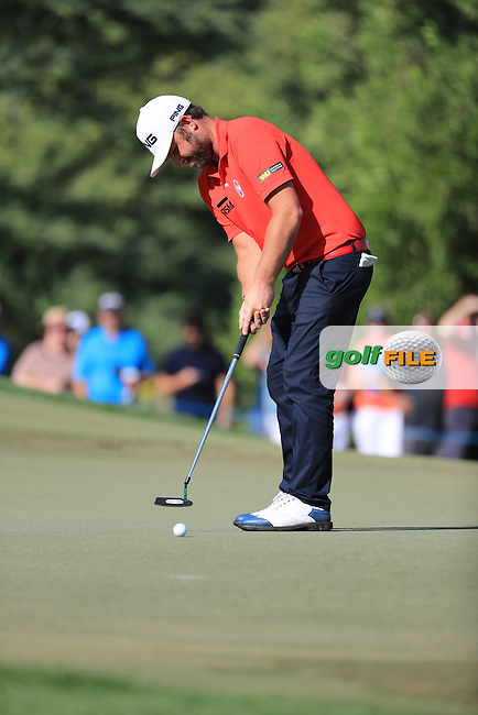 Andy Sullivan (ENG) on the 12th during round 2 of the DP World Tour Championship, Jumeirah Golf Estates, Dubai, United Arab Emirates. 18/11/2016<br /> Picture: Golffile | Fran Caffrey<br /> <br /> <br /> All photo usage must carry mandatory copyright credit (&copy; Golffile | Fran Caffrey)