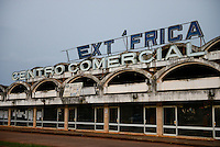 MOZAMBIQUE, Chimoio, Soalpo, abandoned building of Text Africa, a textile factory during portuguese colonial time / MOSAMBIK, Chimoio, Soalpo, verlallenes Gebaeude von Text Africa, eine Textilfabrik aus der portugiesischen Kolonialzeit