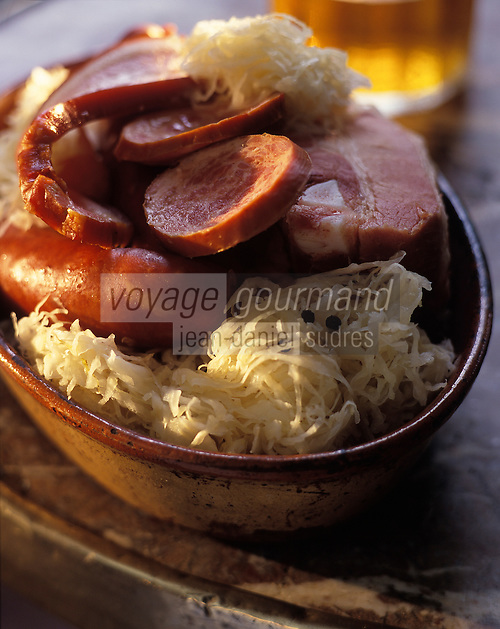 Europe/France/Alsace/67/Bas-Rhin/Strasbourg : Choucroute alsacienne
