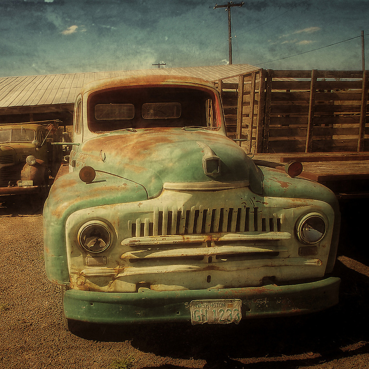 Abandoned truck in USA
