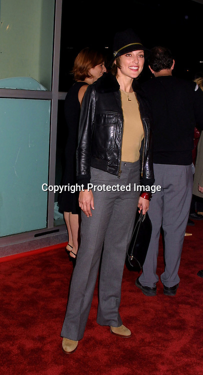 "©2002 KATHY HUTCHINS / HUTCHINS PHOTO.""WELCOME TO COLLINWOOD"" PREMIERE.LOS ANGELES, CA.SEPTEMBER 30, 2002.LOLA GLANUDINI."