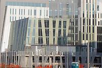 - Milano, cantiere del nuovo complesso edilizio Milanofiori Nord, opera dello studio EEA - Erick van Egeraat Associated Architects....- Milan, new buildings in North Milano Fiori area, designed by  EEA - Erick van Egeraat Associated Architects ..