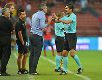 MEDELLÍN - COLOMBIA .24-02-2019:Carlos Herrera Bernal referee central.Acción de juego entre los equipos Independiente Medellín y Deportivo Cali  durante partido por la fecha 6 de la Liga Águila I 2019 jugado en el estadio Atanasio Girardot de la ciudad de Medellín. /Central Referee Carlos Herrera Bernal . Action game between  Independiente Medellin  and  Deportivo Cali  during the match for the date 6 of the Liga Aguila I 2019 played at the Atanasio Girardot  Stadium in Medellin  city. Photo: VizzorImage /León Monsalve / Contribuidor.