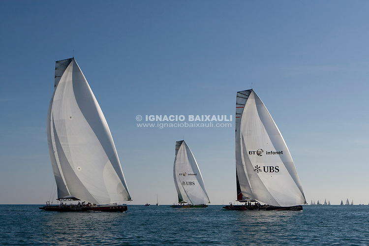 Fleet II TROFEO DESAFÍO ESPAÑOL - Club Náutico Español de Vela, Port America's Cup, Valencia, España/Spain. 7th to the 9th of November 2008. America's Cup Class V5 competition with Desafío Español ESP97, Team Origin GBR88, Alinghi SUI100, Luna Rossa ITA94 and near one hundred of yachts will participate.