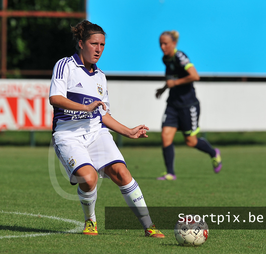 RSC Anderlecht Dames : Laurence Marchal.foto DAVID CATRY / Vrouwenteam.be