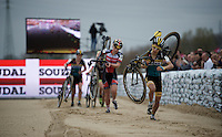 Jolien Verschueren (BEL/Young Telenet-Fidea) running over the clean sand stroke<br /> <br /> Jaarmarktcross Niel 2015  Elite Women's Race