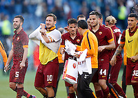 Calcio, Serie A: Lazio vs Roma. Roma, stadio Olimpico, 25 maggio 2015.<br /> Roma's players celebrate at the end of the Italian Serie A football match between Lazio and Roma at Rome's Olympic stadium, 25 May 2015. Roma won 2-1.<br /> UPDATE IMAGES PRESS/Riccardo De Luca