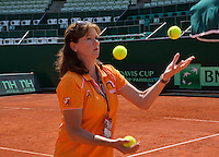 Austria, Kitzbühel, Juli 19, 2015, Tennis,  Davis Cup, Team manager Caroline kees the<br /> Photo: Tennisimages/Henk Koster