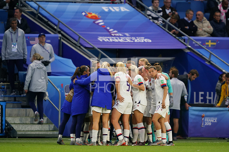 LE HAVRE, FRANCE - JUNE 20: United States huddle during a 2019 FIFA Women's World Cup France group F match between the United States and Sweden at Stade Océane on June 20, 2019 in Le Havre, France.