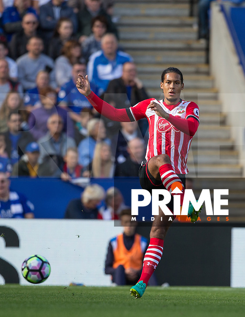 Virgil van Dijk of Southampton during the Premier League match between Leicester City and Southampton at the King Power Stadium, Leicester, England on 2 October 2016. Photo by Andy Rowland.