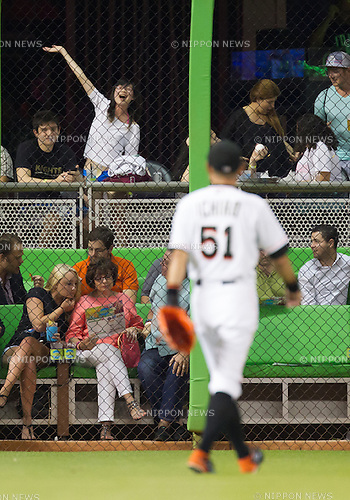 Fans, Ichiro Suzuki (Marlins),<br /> APRIL 24, 2015 - MLB : A baseball fan waves to outfielder Ichiro Suzuki (51) of the Miami Marlins during the Major League Baseball game against the Washington Nationals at Marlins Park in Miami, Florida, United States.<br /> (Photo by Thomas Anderson/AFLO) (JAPANESE NEWSPAPER OUT)