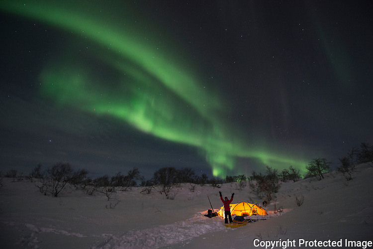 Nordlys over teltleir i Gallok. ----- Northern lights and tent in winter.