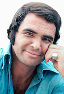 Near Little Rock, Arkansas, August 1, 1972. American actor Burt Reynolds on the set of White Lightning, also known as McKlusky, directed by American director Joseph Sargent and based on the screenplay by William W. Norton. Co-Star: Jennifer Bellingsley
