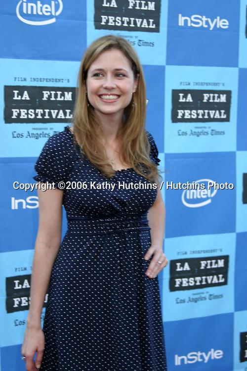 "Jenna Fisher.""Little Miss Sunshine"" Premiere.Wadsworth Theater.Westwood, CA.July 2, 2006.©2006 Kathy Hutchins / Hutchins Photo.... Jenna Fischer"