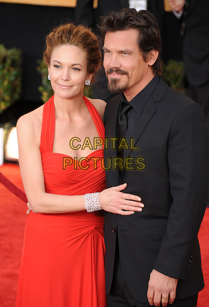 DIANE LANE & JOSH BROLIN .The 15th Annual Screen Actor's Guild Awards held at The Shrine Auditorium in Los Angeles, California, USA..January 25th, 2009.SAG arrivals half length black suit red dress halterneck goatee facial hair married husband wife .CAP/DVS.©Debbie VanStory/Capital Pictures.