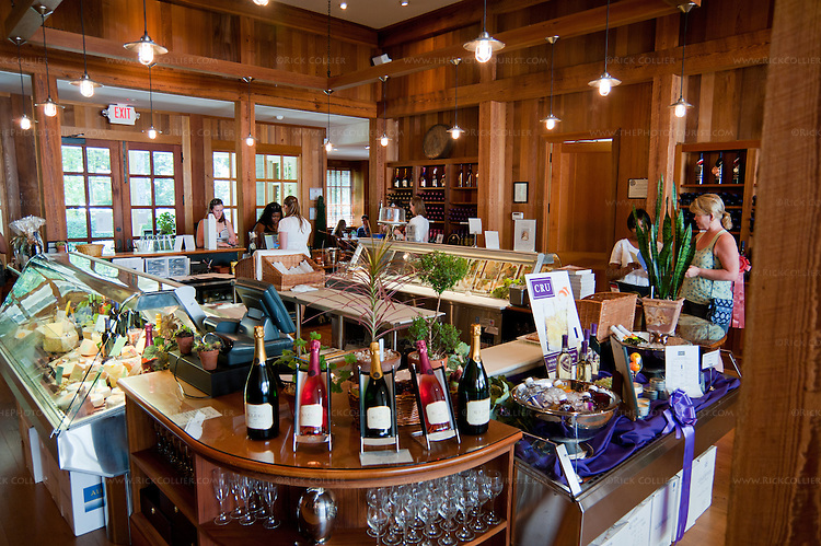 Food wine bar kluge estate winery vineyard rick for Food wine bar zinfandel