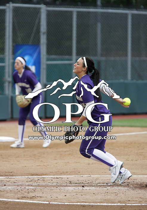 28 May 2010:  Washington Huskies pitcher #15 Danielle Lawrie fires the ball to the plate against Oklahoma.  Washington defeated Oklahoma 3-0 in the second game of the NCAA Super Regional at Husky Softball Stadium in Seattle, WA.