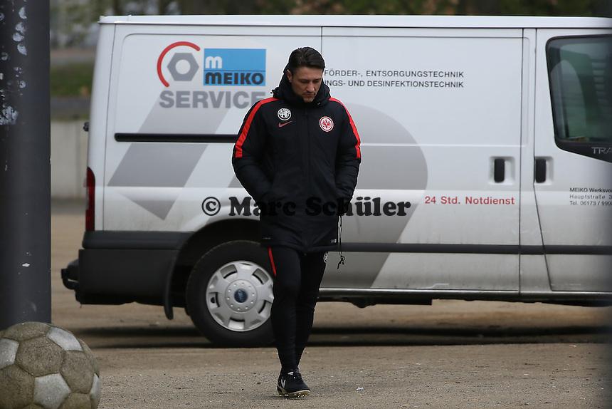 Trainer Niko Kovac auf dem Weg zum Training - Eintracht Frankfurt Training, Commerzbank Arena