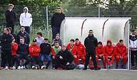 Trainer Driton Kameraj (Büttelborn, M.) an der Bank der SKV Büttelborn - Büttelborn 15.05.2019: SKV Büttelborn vs. Kickers Offenbach, A-Junioren, Hessenpokal Halbfinale