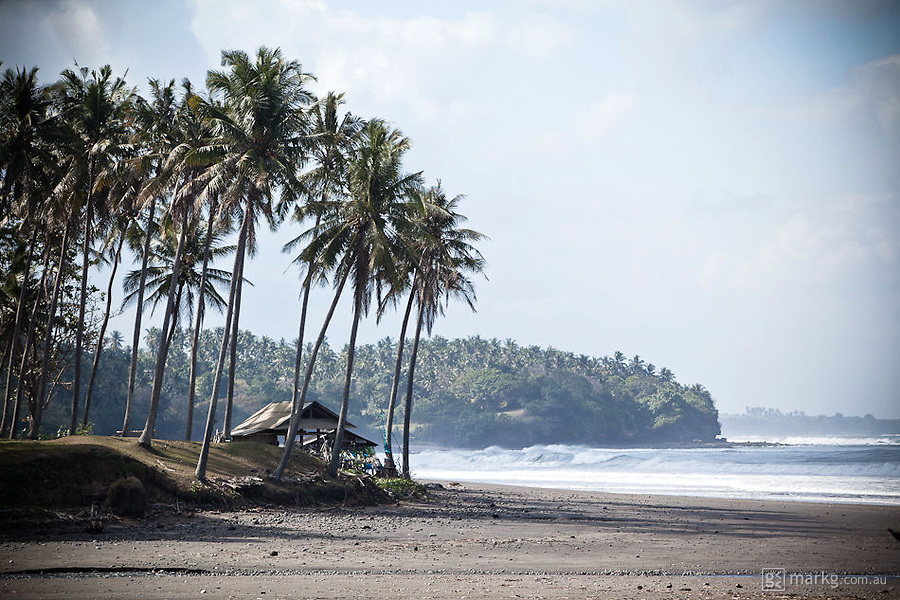 I loved this stretch of beach to the south of the Balian River.