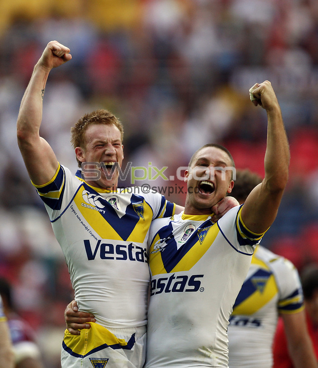 PICTURE BY BEN DUFFY/SWPIX.COM - Carnegie Challenge cup final, Rugby League, Huddersfield Giants v Warrington - 29/08/09...Copyright - Simon Wilkinson - 07811267706...Warrington's Chris Riley and Chris Hicks celebrate victory over Huddersfield