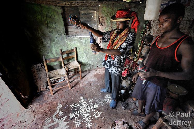 haitian voodoo priest kairosphotos images by paul jeffrey