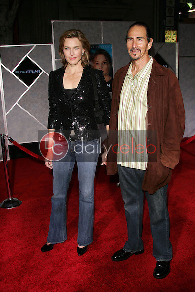 Brenda Strong and husband Tom<br />