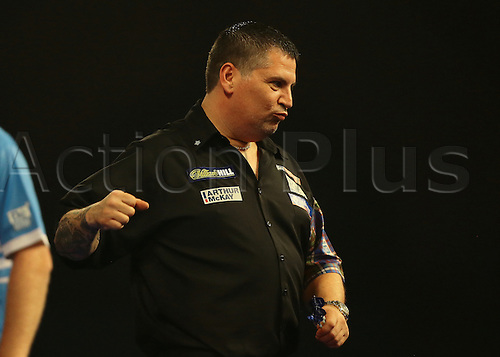 29.12.2015. Alexandra Palace, London, England. William Hill PDC World Darts Championship. World Champion Gary Anderson wins the match and punches the air