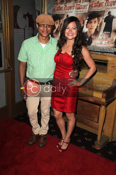 Clinton H. Wallace, Vanessa Lua<br />