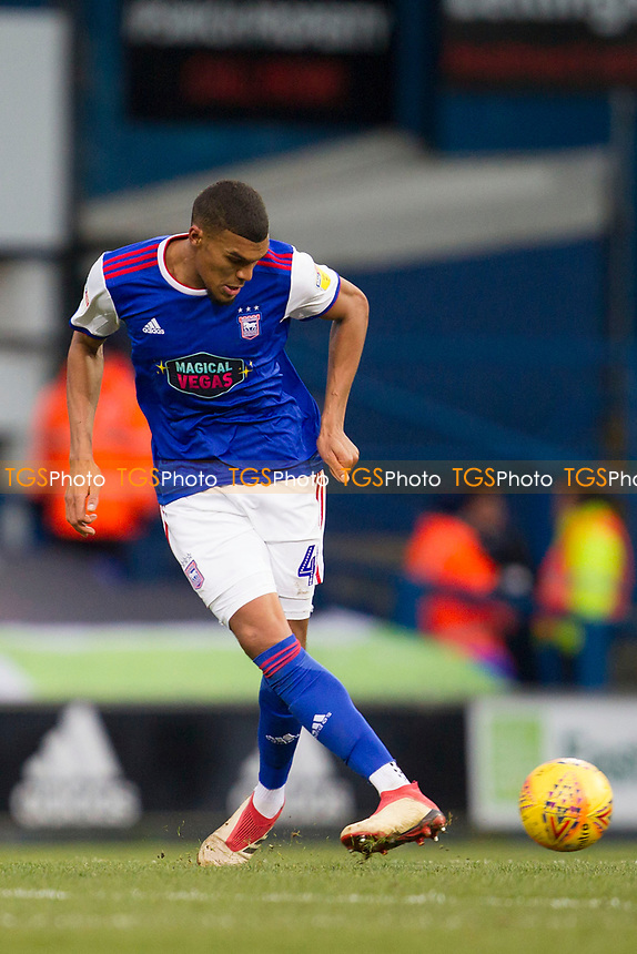 Collin Quaner of Ipswich Town lays the ball off during Ipswich Town vs Rotherham United, Sky Bet EFL Championship Football at Portman Road on 12th January 2019