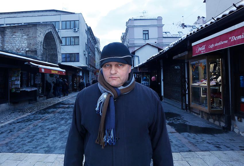 Kad sam bio jugoslaven bili smo. Ja se i sada osjecam Evropljanom samo me nei izguravaju.
