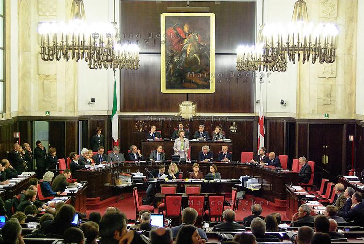 Milano, seduta del consiglio comunale a Palazzo Marino con il sindaco Letizia Moratti --- Milan, session of the city council in Palazzo Marino with mayor Letizia Moratti