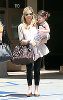 Pregnant Sarah Michelle Gellar picks up little Charlotte from ballet class in Studio City today. While Sarah wore a loose fitting blouse and a xxl Prada bag, Charlotte sported glittering pink shoes and a cute leopard print ballet dress. Los Angeles, California on 19.05.2012..Credit: Correa/face to face.. /MediaPunch Inc. ***FOR USA ONLY***