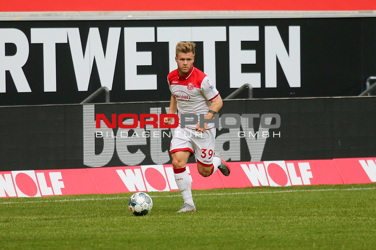 Duesseldorfs Jean Zimmer #39<br />