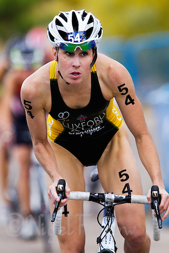 05 JUN 2011 - MADRID, ESP - Annabel Luxford - Madrid round of the women's ITU World Championship series .(PHOTO (C) NIGEL FARROW)