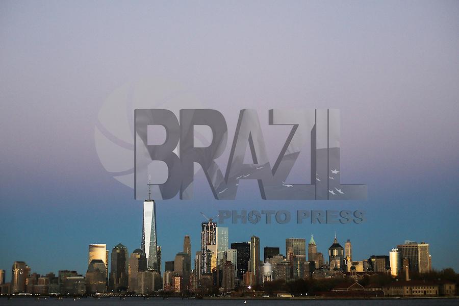 JERSEY CITY, NJ, ESTADOS UNIDOS, 11.11.2016 - TURISMO-EUA - Vista da Ilha de Manhattan a partir de Jersey CIty nesta sexta-feira, 11.(Foto: William Volcov/Brazil Photo Press)