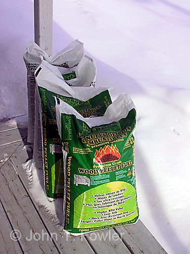 Wood chip fuel for heating stove
