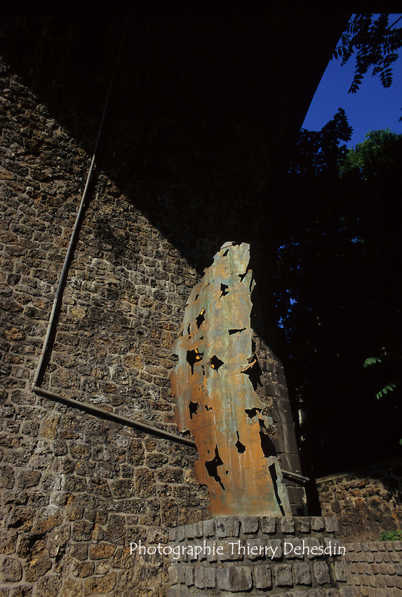 1995-1999; Issy les Moulineaux; Les Arches