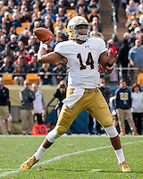 Notre Dame quarterback DeShone Kizer. The Notre Dame Fighting Irish football team defeated the Pitt Panthers 42-30 on Saturday, November 7, 2015 at Heinz Field, Pittsburgh, Pennsylvania.