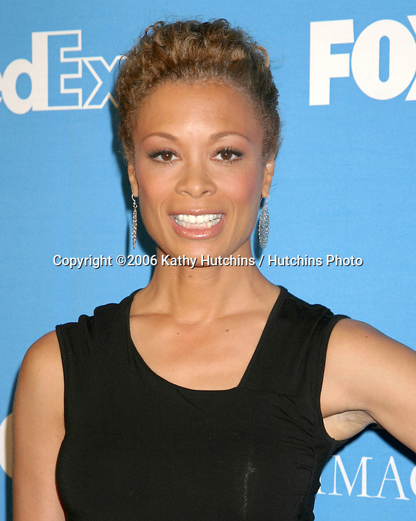 Valarie Pettiford.NAACP Image Award Nominees Luncheon.Beverly Hilton Hotel.Beverly Hills, CA.February 11, 2006.©2006 Kathy Hutchins / Hutchins Photo....